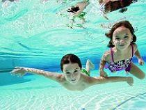 Bơi lội môn thể thao có lợi sức khỏe & Trang bị thiết bị bể bơi tốt nhất