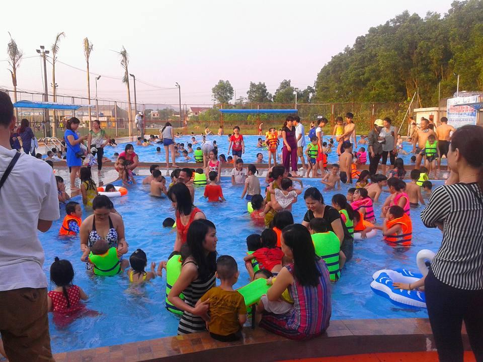 Đầu tư xây dựng bể bơi kinh doanh ở quê có lãi không?