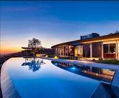 Đèn chiếu sáng bể bơi đẹp lung linh cho không gian bơi hoàn hảo