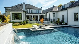 Gợi ý mẫu thiết kế hồ bơi tối giản hot nhất 2018 cho biệt thự thêm sang chảnh