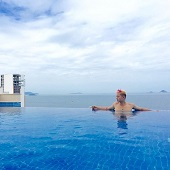 Hồ bơi vô cực cao nhất tại Nha Trang