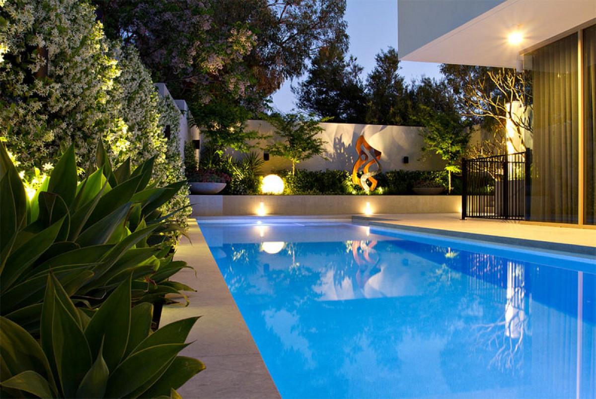 Lưu ý cần thiết khi xây dựng hồ bơi trong vườn