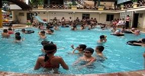 Nhận biết bể bơi xử lí nước đúng cách