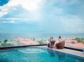 Những hồ bơi khách sạn đẹp nhất ở Đà Nẵng