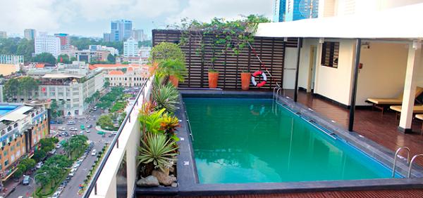 Những lợi ích khi xây dựng hồ bơi trên sân thượng