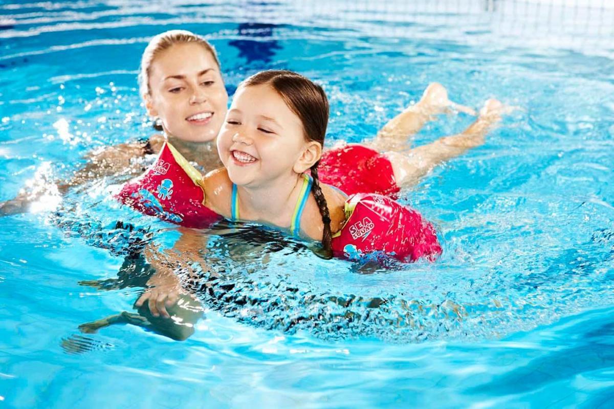 Phương pháp Dạy Bơi cho Trẻ mà các bậc phụ huynh phải biết