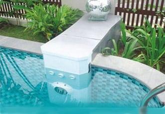 Tìm hiểu về hệ thống lọc không đường ống cho bể bơi.